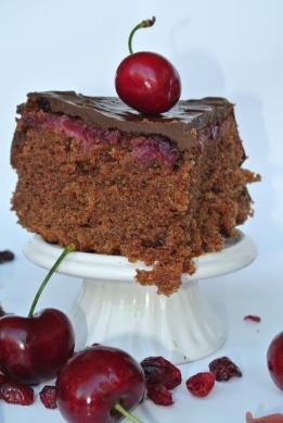 torta al cioccolato ciliegie e rhum